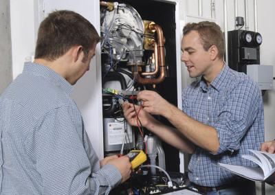 Viessmann auch die elektrische Installation übernehmen wir